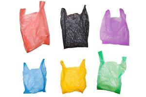 Hoe plastic zakken te recyclen voor thuisgebruik