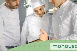 Wat is het verschil tussen een chef-kok en een uitvoerende chef-kok en wat zijn hun rollen?